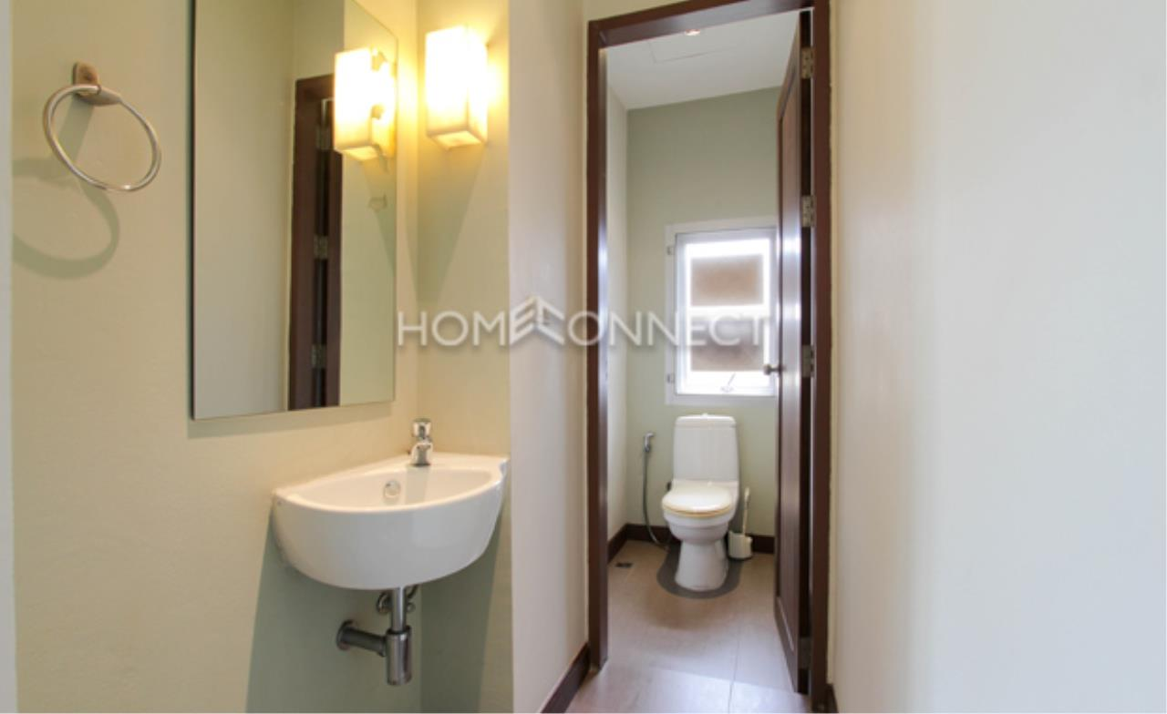 Home Connect Thailand Agency's Baan Rom-Yen Ekamai 2-1 Condominium for Rent 3
