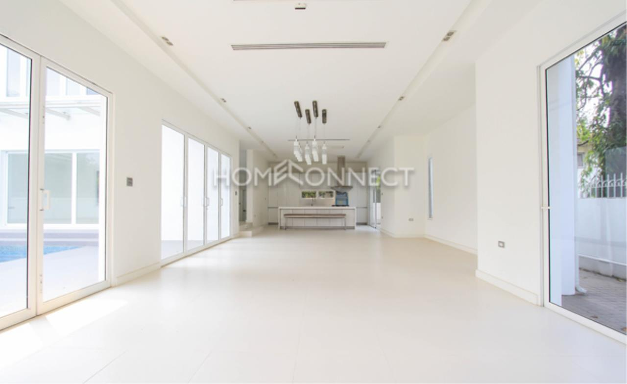 Home Connect Thailand Agency's Moobaan Panya Soi 11 (Brand new house) 9