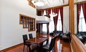 Baan Klangkrung House for Rent