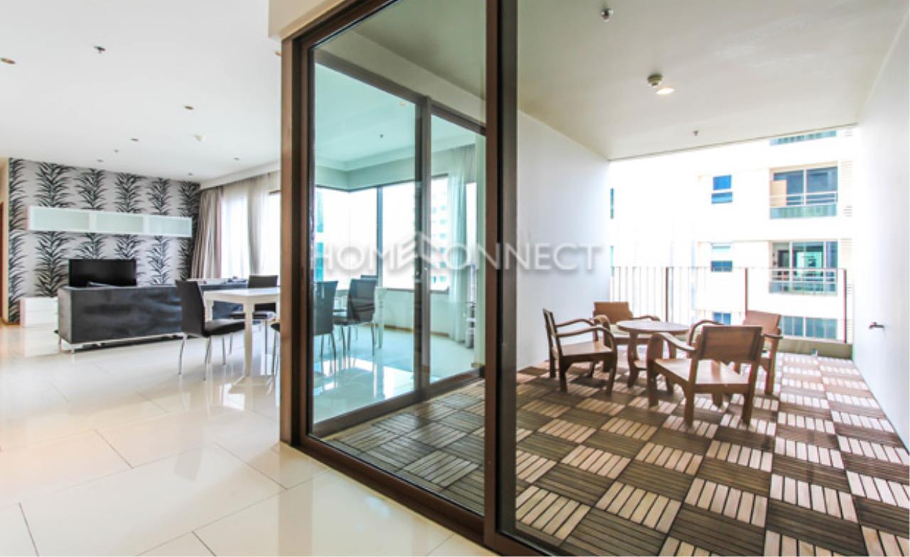 Home Connect Thailand Agency's The Emporio Place Sukhumvit 24 Condominium for Rent 10