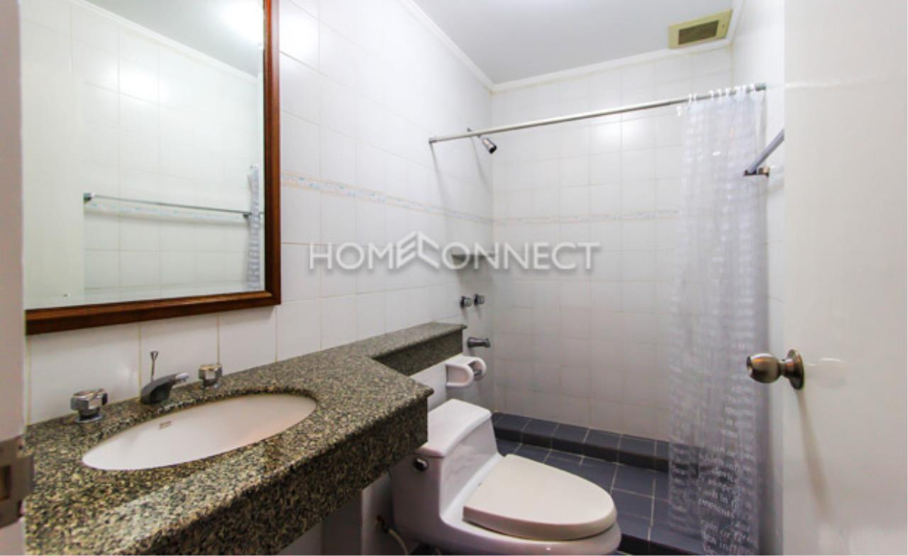 Home Connect Thailand Agency's Baan Rajchakru Condominium for Rent 3