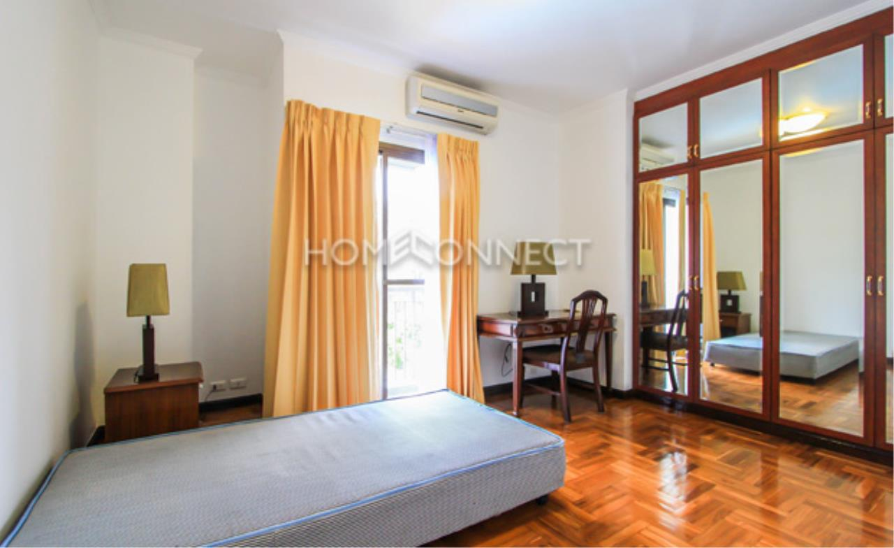 Home Connect Thailand Agency's Baan Rajchakru Condominium for Rent 6