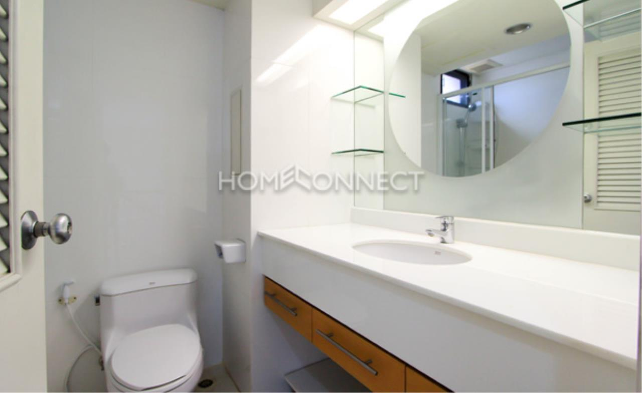Home Connect Thailand Agency's Baan Navarang Condominium for Rent 2