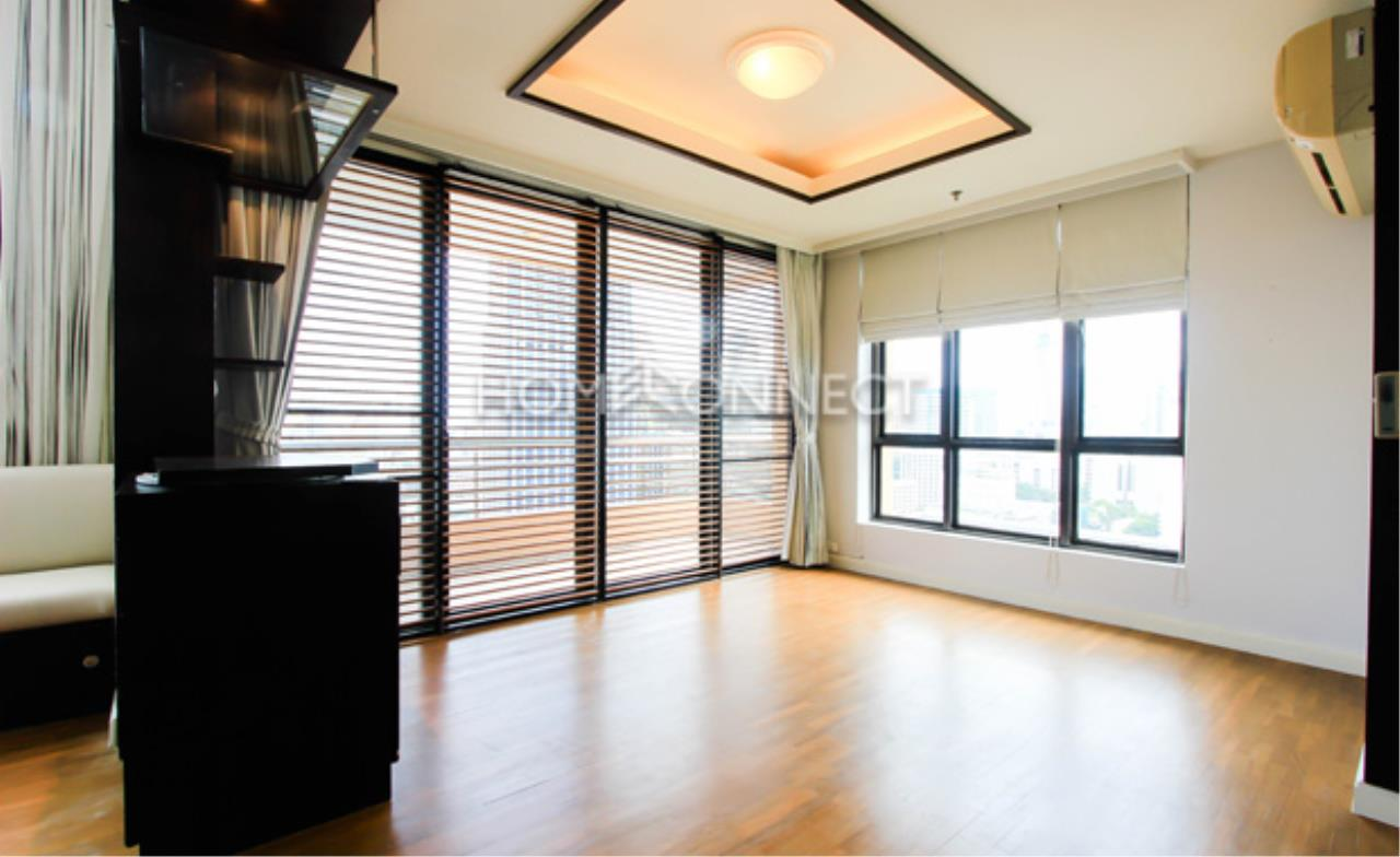 Home Connect Thailand Agency's Baan Navarang Condominium for Rent 10