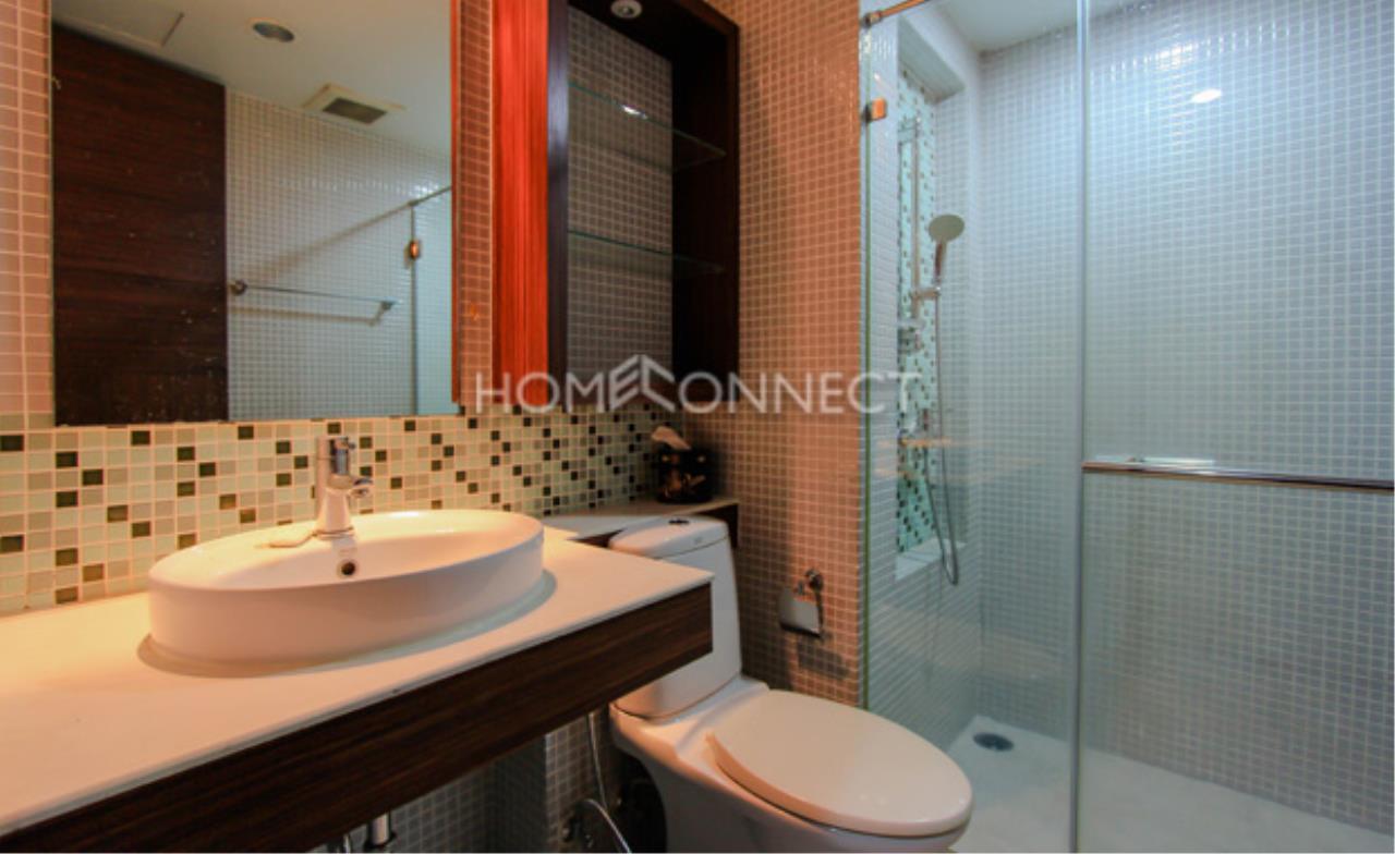Home Connect Thailand Agency's Avenue 61 Condominium for Rent 4
