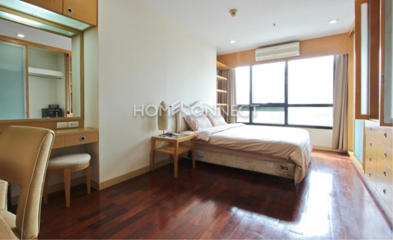 Home Connect Thailand Agency's President Place Condo for Rent 6