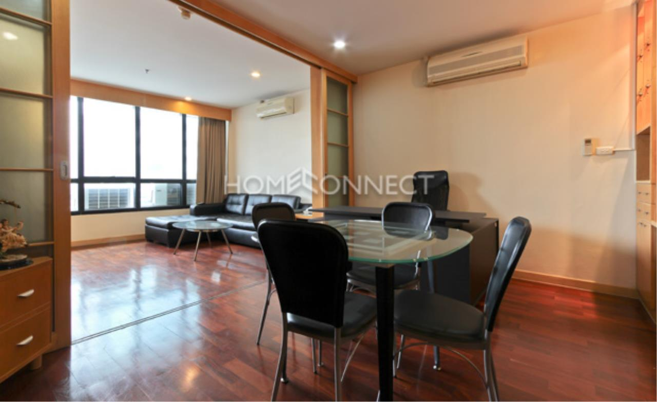Home Connect Thailand Agency's President Place Condo for Rent 4