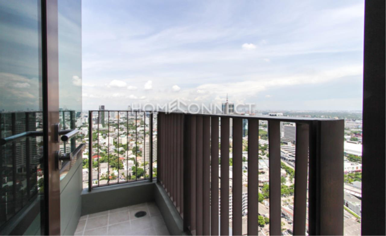 Home Connect Thailand Agency's The Emporio Place Sukhumvit 24 Condominium for Rent 2