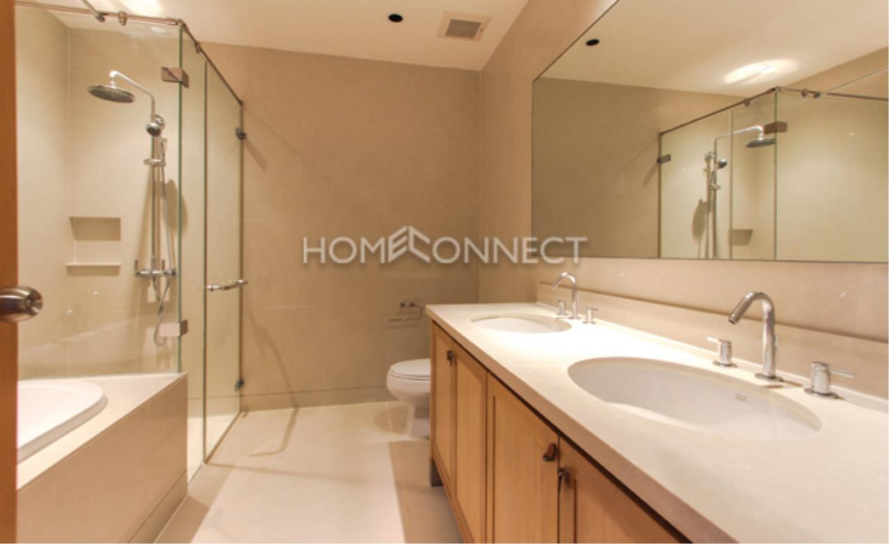 Home Connect Thailand Agency's The Emporio Place Sukhumvit 24 Condominium for Rent 3