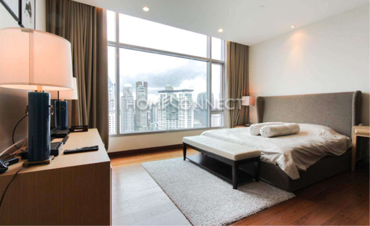 Home Connect Thailand Agency's Oriental Residence Condo Condominium for Rent 9