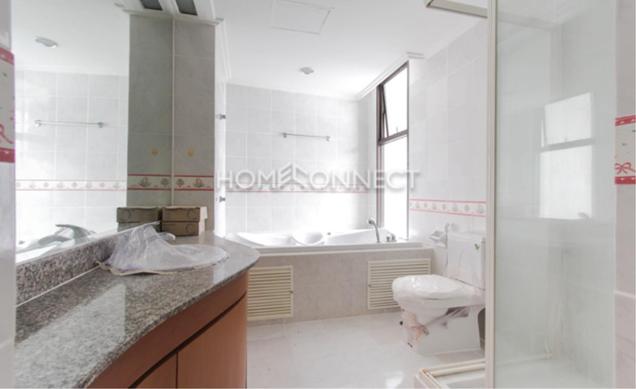 Home Connect Thailand Agency's Baan Yenakard Condominium for Rent 5