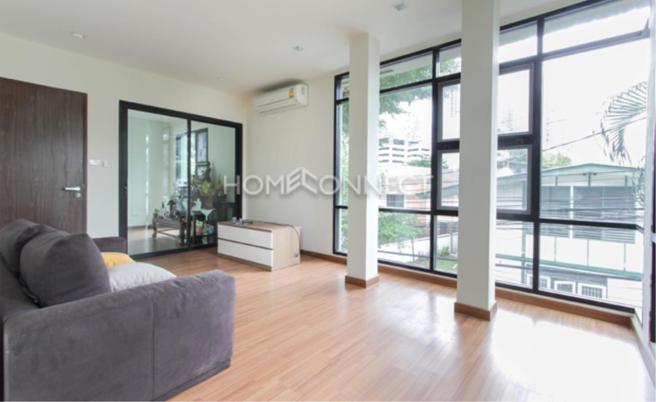 Home Connect Thailand Agency's Baan Piyabutr Apartment for Rent 7