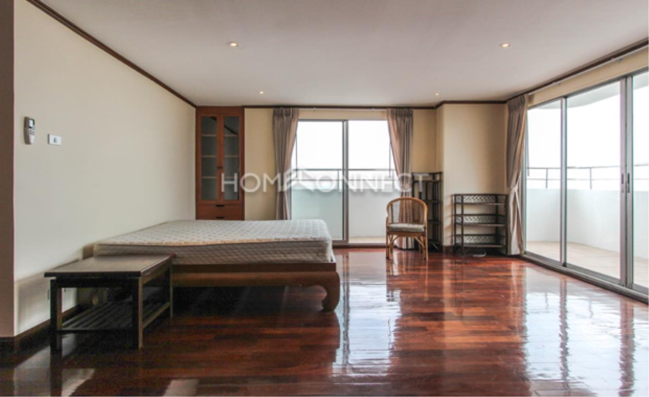 Home Connect Thailand Agency's Regent on the Park II Condominium for Rent 10