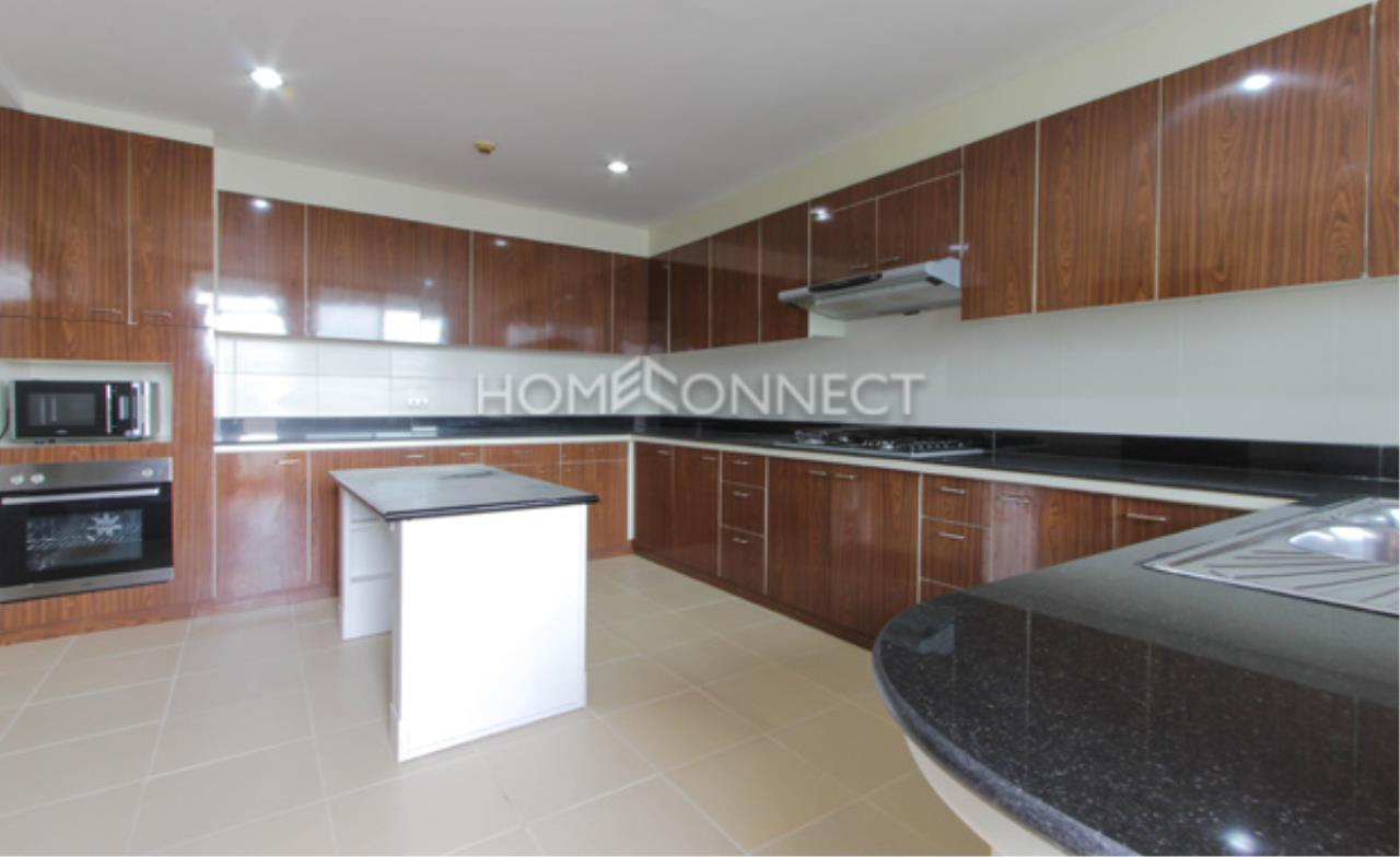 Home Connect Thailand Agency's Shiva Tower Apartment for Rent 6