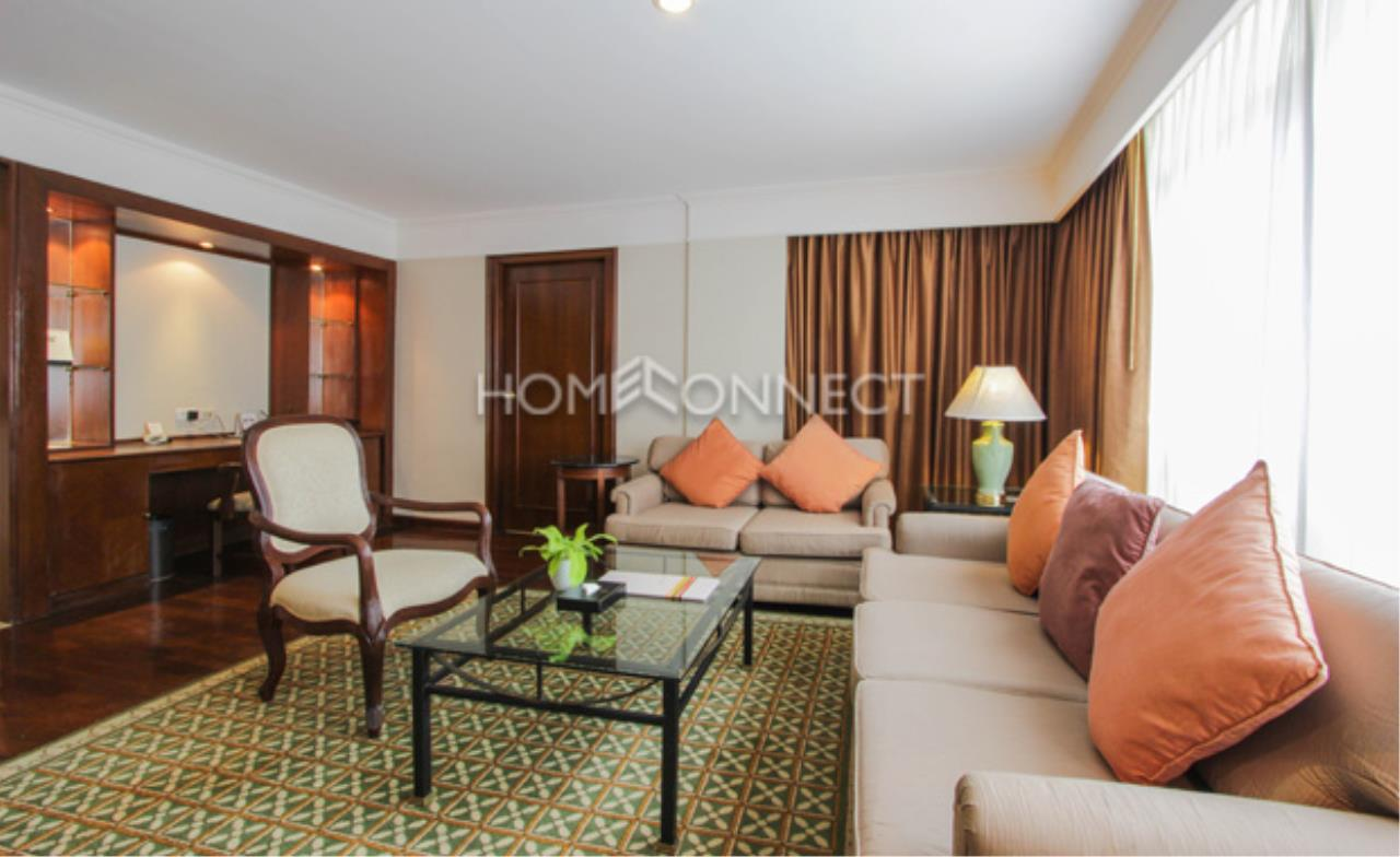 Home Connect Thailand Agency's Royal President Service Apartment 9