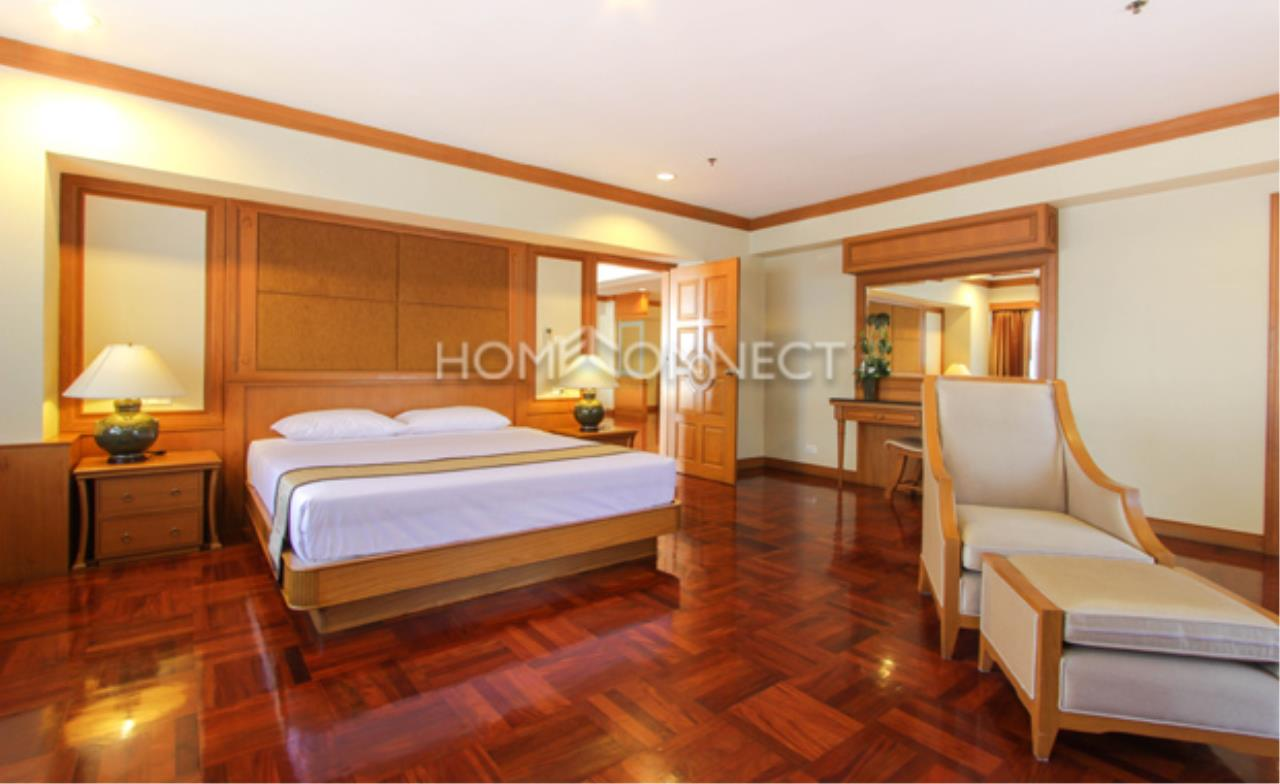 Home Connect Thailand Agency's Centre Point Phromphong Condominium for Rent 9
