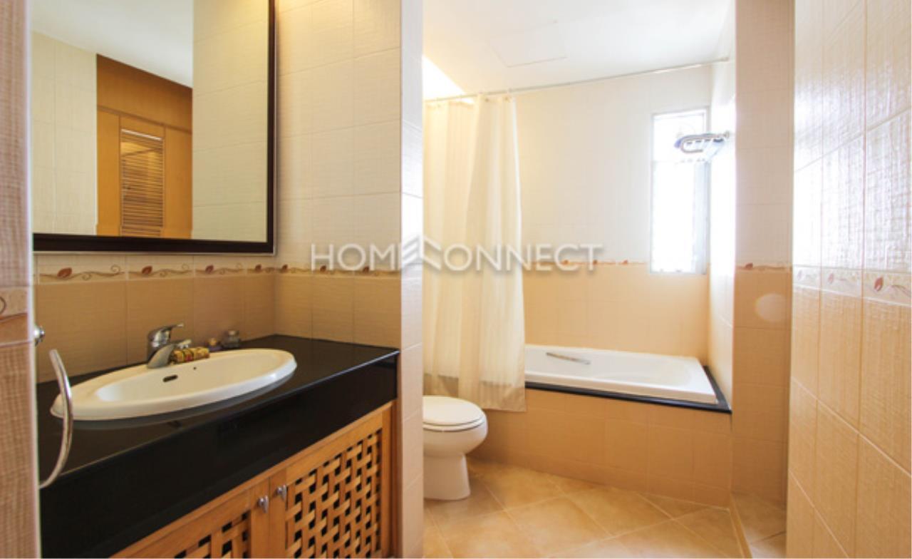 Home Connect Thailand Agency's Esmeralda Apartment Sathorn Apartment for Rent 3