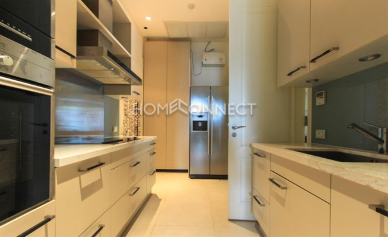 Home Connect Thailand Agency's Le Raffine Sukhumvit 39 Condominium for Rent 11