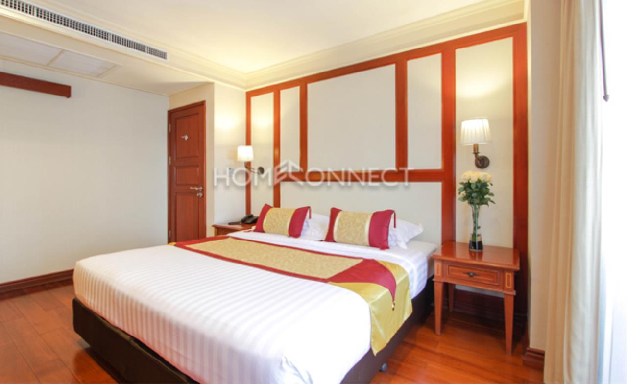 Home Connect Thailand Agency's Centre Point Hotel Sukhumvit 10 5