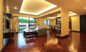 Ploenruedee Residence Apartment for Rent