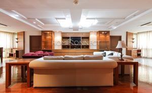 President Park Condominium for Rent