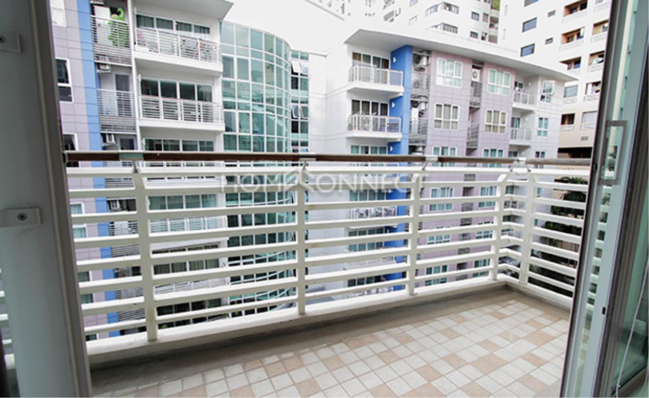 Home Connect Thailand Agency's Avenue 61 Condominium for Rent 2