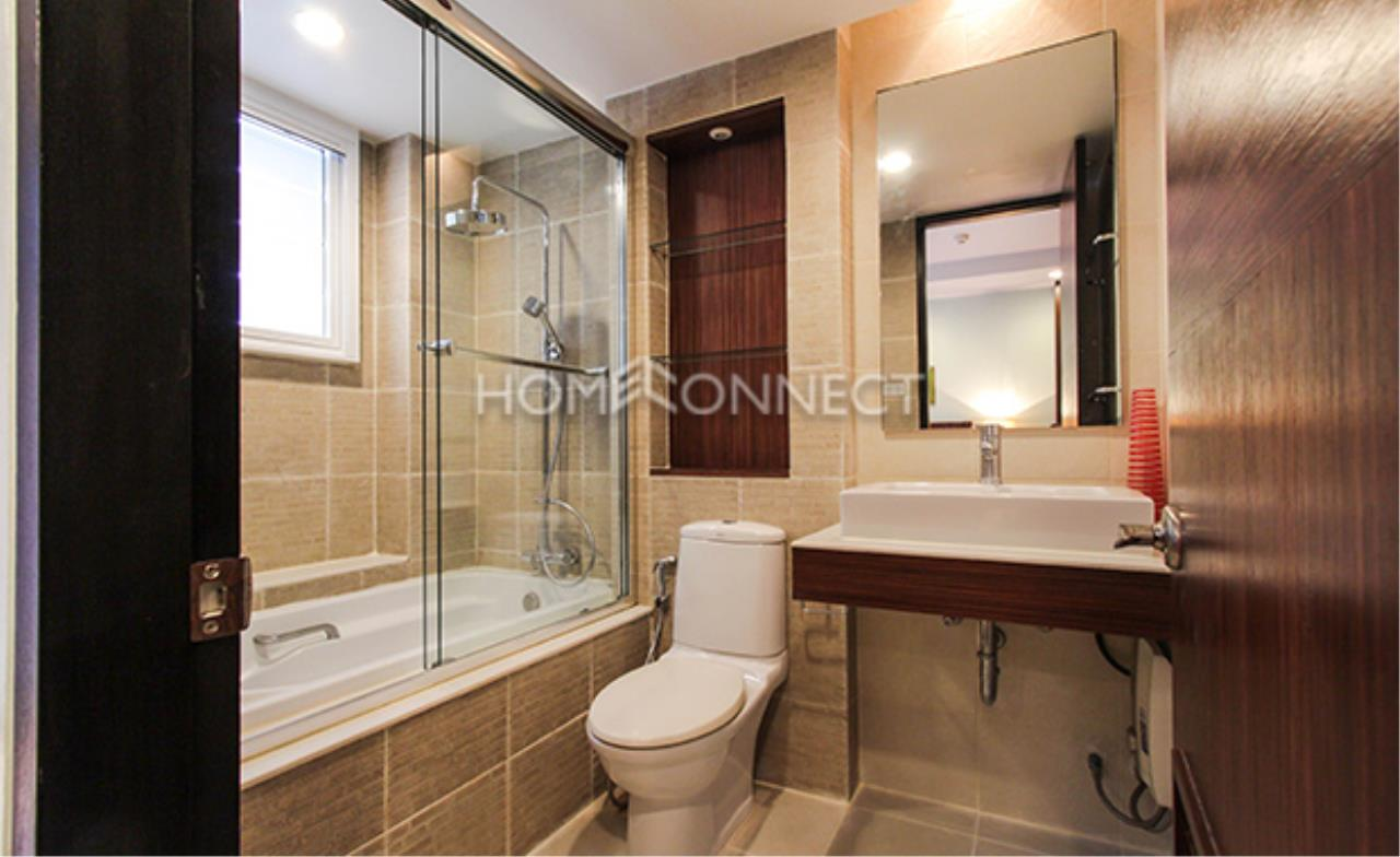 Home Connect Thailand Agency's Avenue 61 Condominium for Rent 3