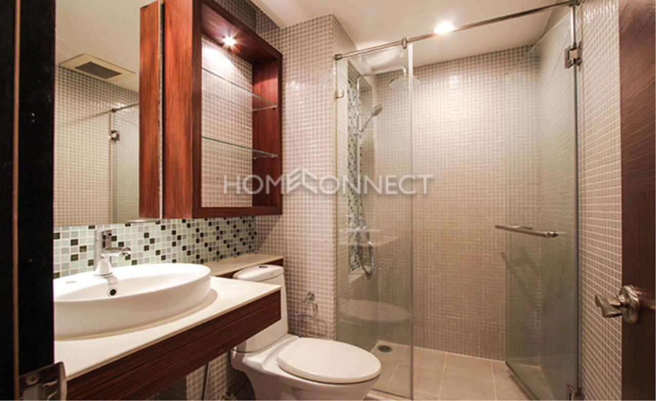 Home Connect Thailand Agency's Avenue 61 Condominium for Rent 4
