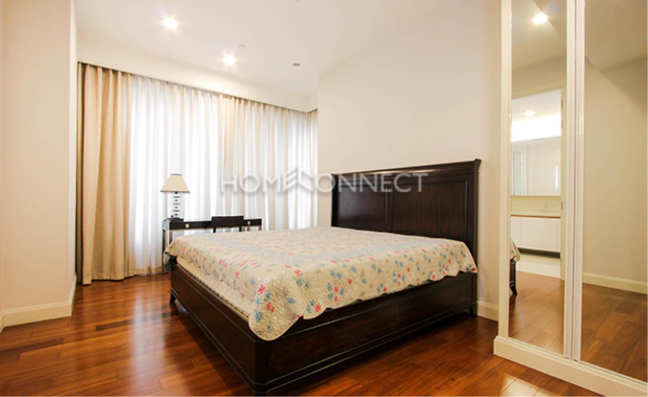 Home Connect Thailand Agency's Q Langsuan Condominium for Rent 5