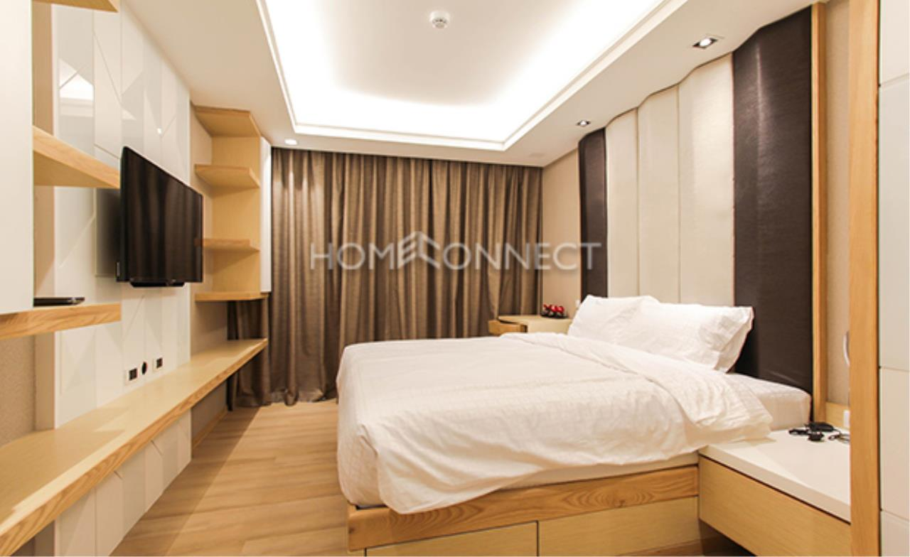 Home Connect Thailand Agency's The Shine Sukhumvit 39 Condominium for Rent 4