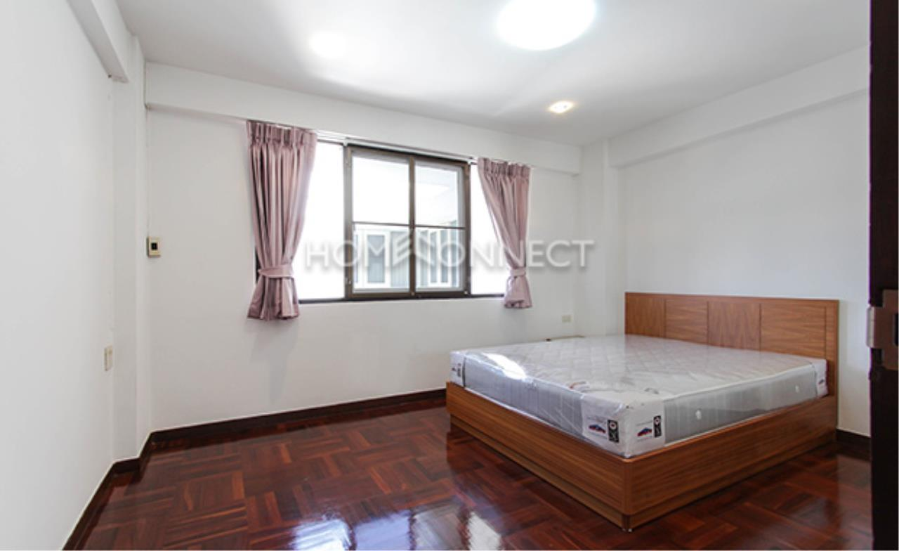 Home Connect Thailand Agency's G.S Yoolong Soi Tonson Condominium for Rent 5