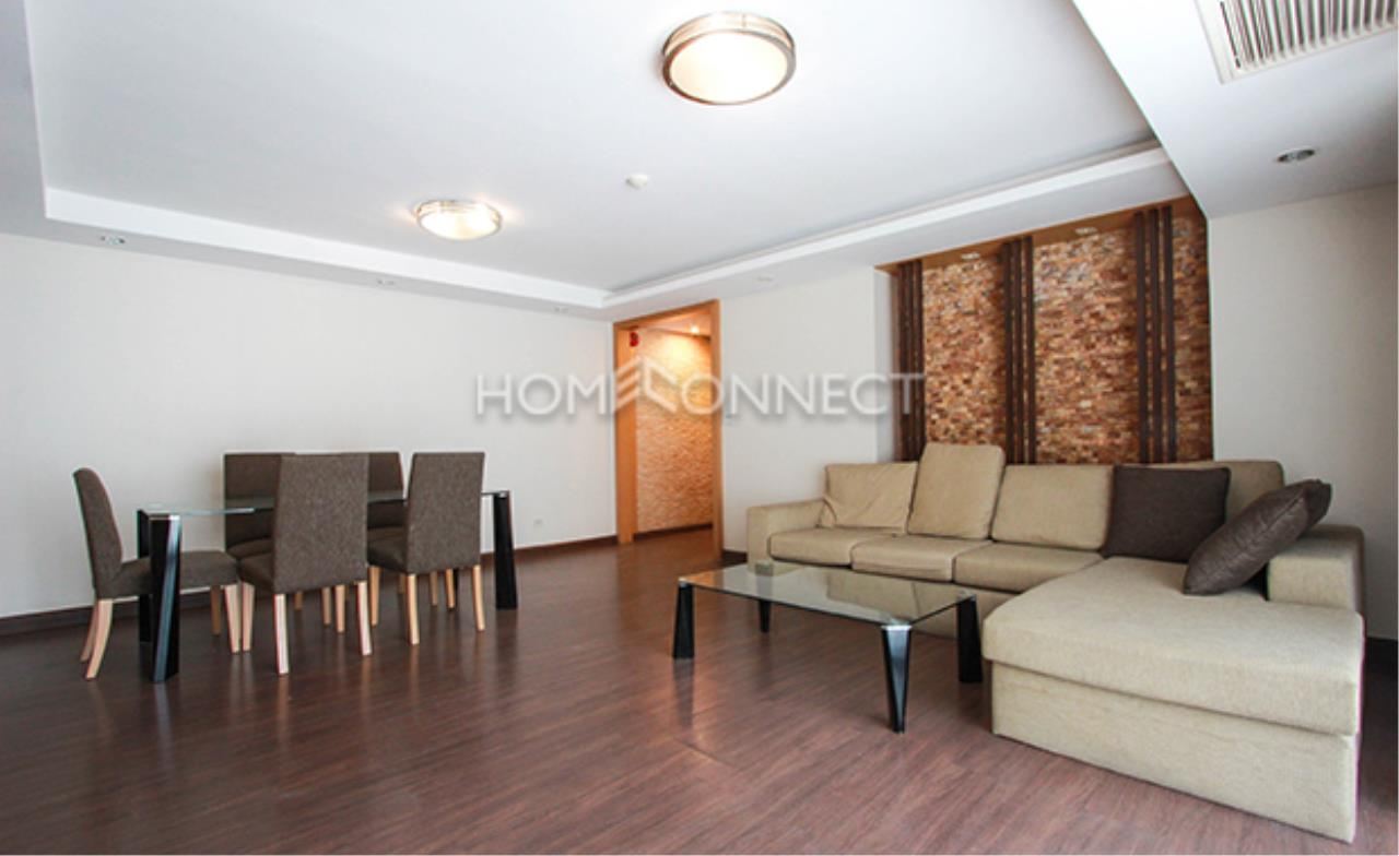 Home Connect Thailand Agency's Harmony Living Sukhumvit 15 Condominium for Rent 9