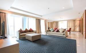 Urbana Langsuan Serviced Apartment for Rent