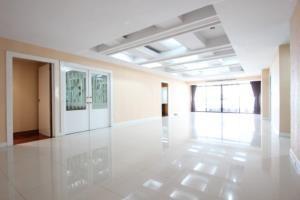Mahogany Tower Condominium for Rent