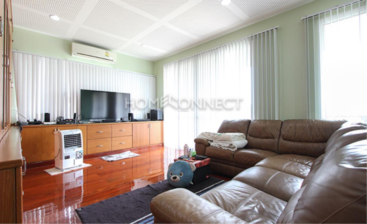 Home Connect Thailand Agency's House for Rent at Sukhumvit 10