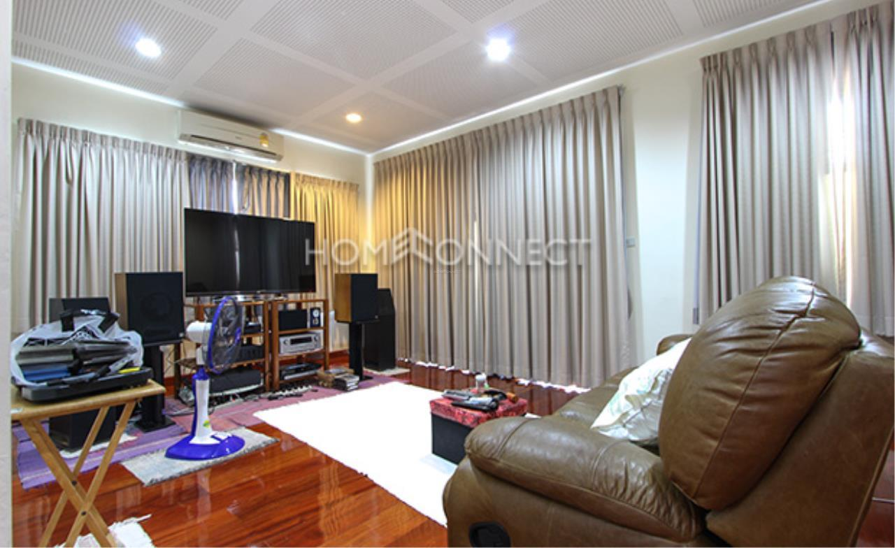 Home Connect Thailand Agency's House for Rent at Sukhumvit 8