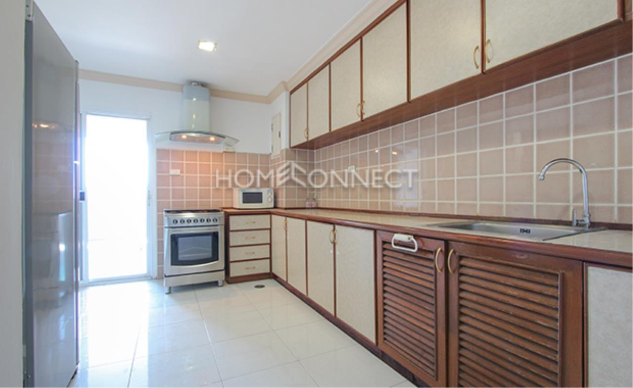 Home Connect Thailand Agency's Fifty Fifth Tower Condominium for Rent 4