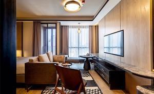 Ashton Chula-Silom Condominium for Rent
