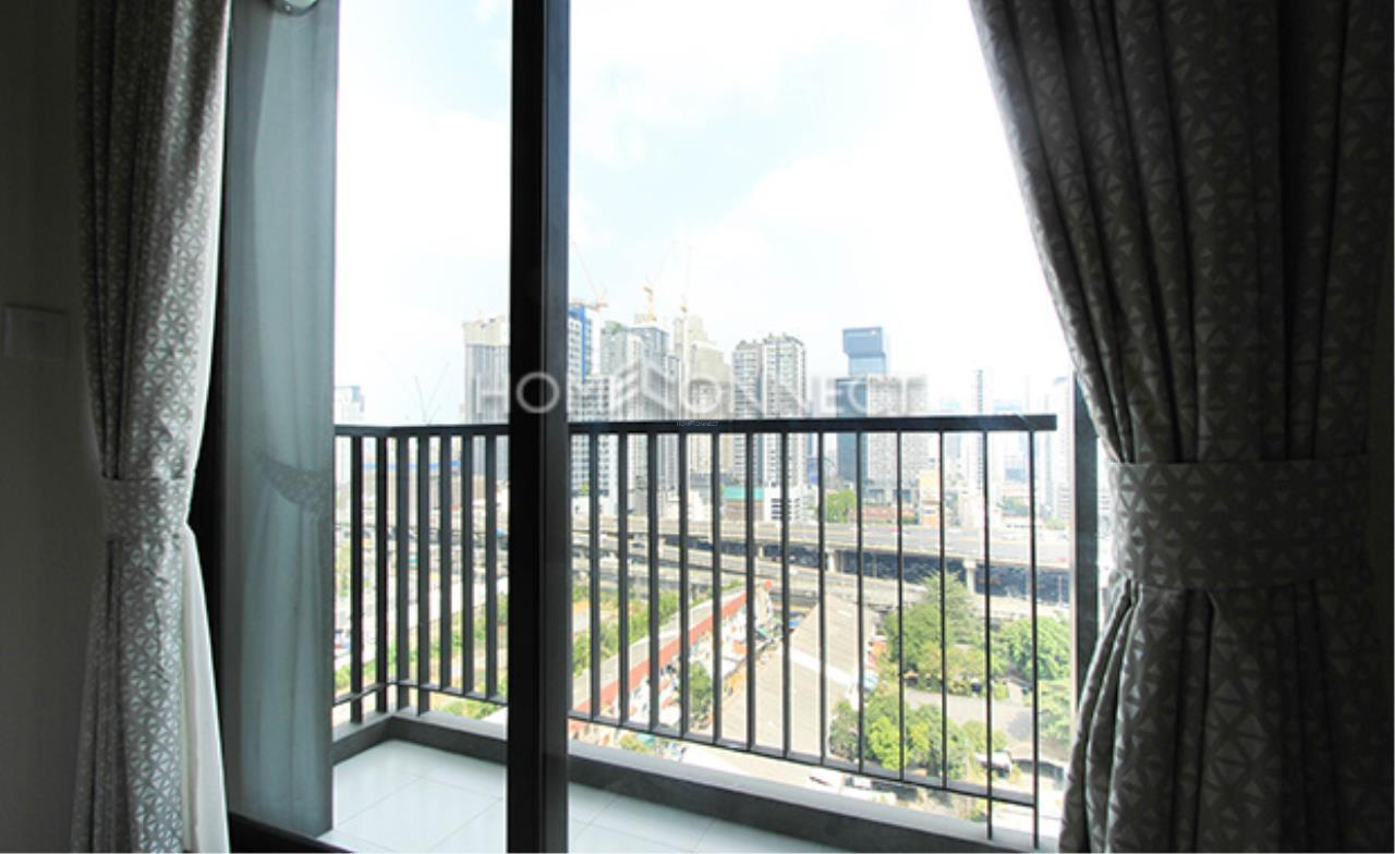 Home Connect Thailand Agency's Life Asoke Condominium for Rent 12