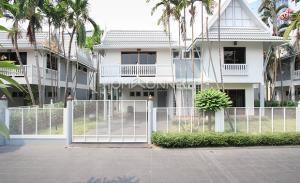 Cherie Villa House in Compound for Rent