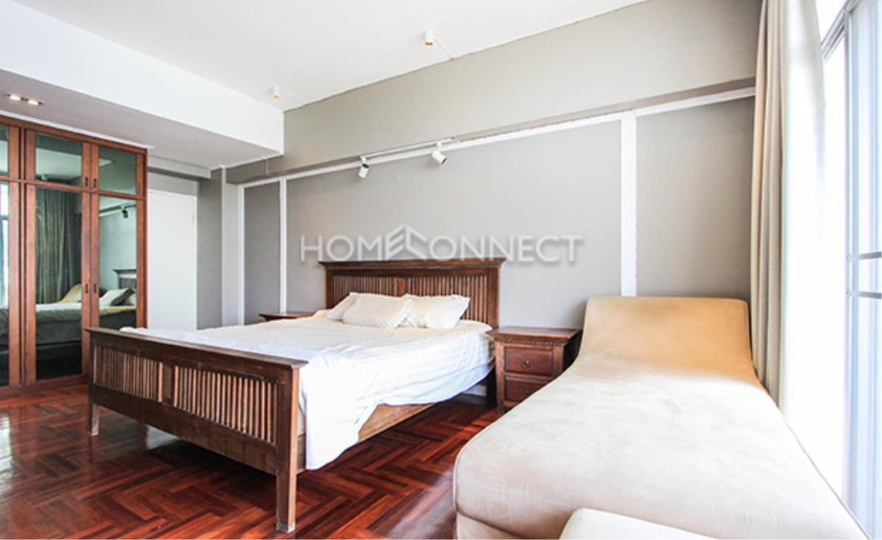 Home Connect Thailand Agency's Siam Penthouse II Apartment for Rent 8