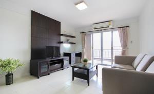 Baan Saran Nuch Serviced Apartment for Rent