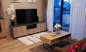 Blossom Condo @ Sathorn - Chareonrat Condominium for Rent
