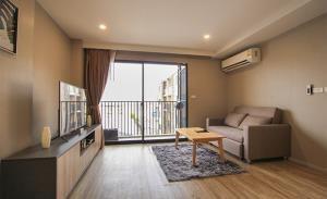 Blossom Condo @ Sathorn Chareonrat Condominium for Rent
