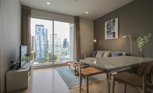 HQ Thonglor by Sansiri Condominium for Rent