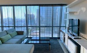 The Room Sukhumvit 21 Condominium for Rent