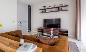 Vittorio Sukhumvit 39 Condominium for Sale