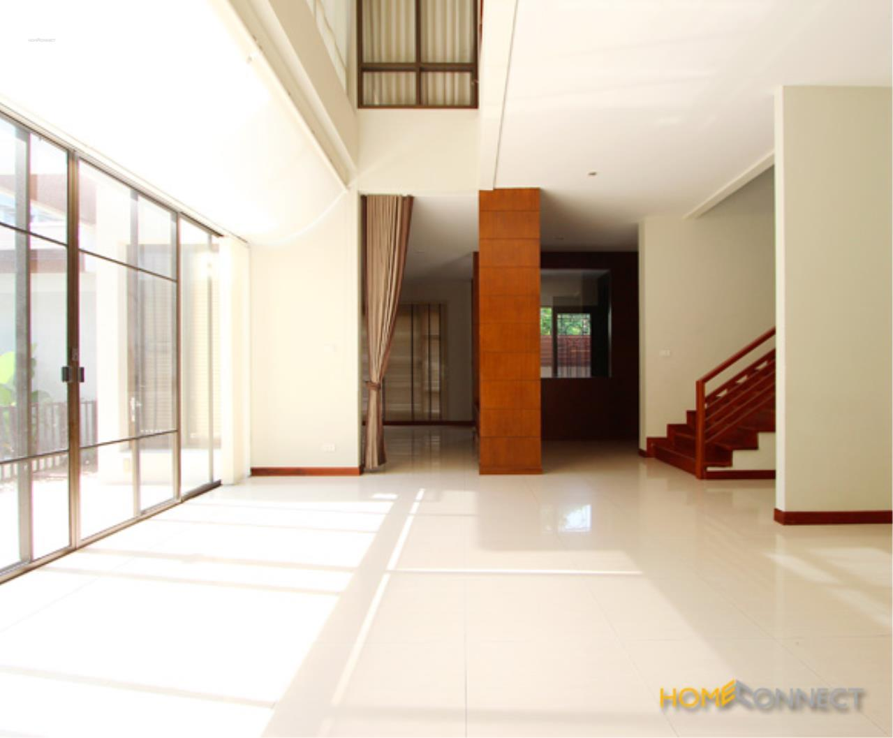 Home Connect Thailand Agency's Single House for rent in Suklhumvit 26  2