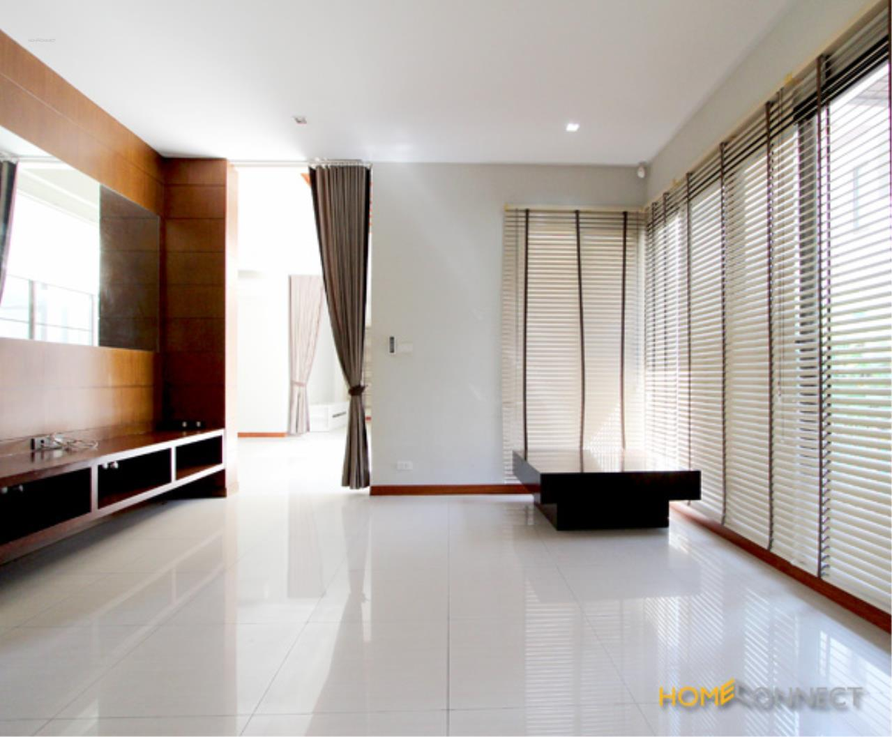 Home Connect Thailand Agency's Single House for rent in Suklhumvit 26  5