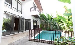 House for rent in Phrom Phong area